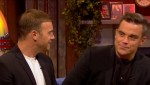 Gary et Robbie interview au Paul O Grady 07-10-2010 7a93bc101824094