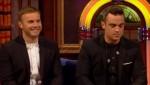 Gary et Robbie interview au Paul O Grady 07-10-2010 F7cabf101825183