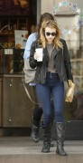 Nov 23, 2010 - Emma Roberts - Out n About in Los Angeles 014750108211148