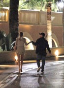 d31990134280288 Blake Lively and Leonardo Di Caprio holding hands in Monte Carlo 27.05.2011 x36 HQ high resolution candids