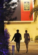 e6ce9f134280498 Blake Lively and Leonardo Di Caprio holding hands in Monte Carlo 27.05.2011 x36 HQ high resolution candids